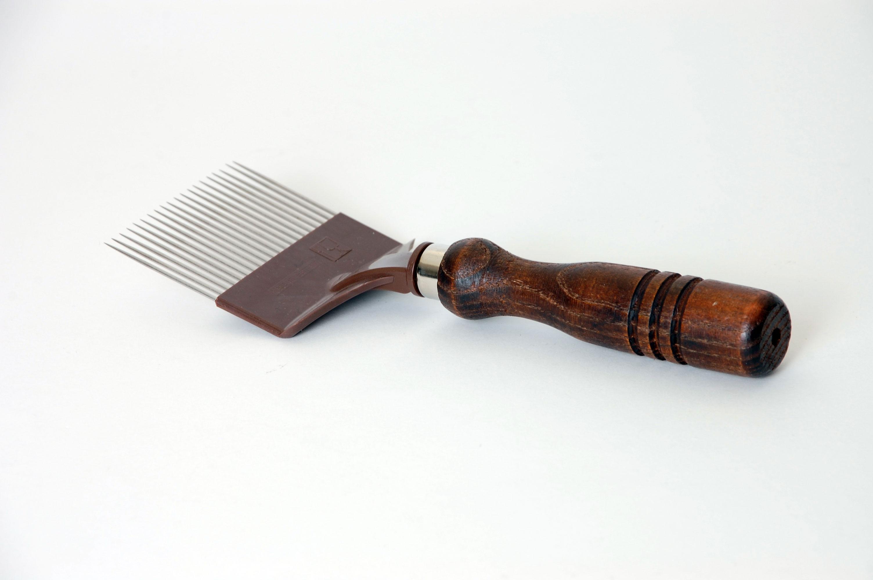 Entdecklungsgabel mit Holzgriff und gerden edelstahl Nadeln